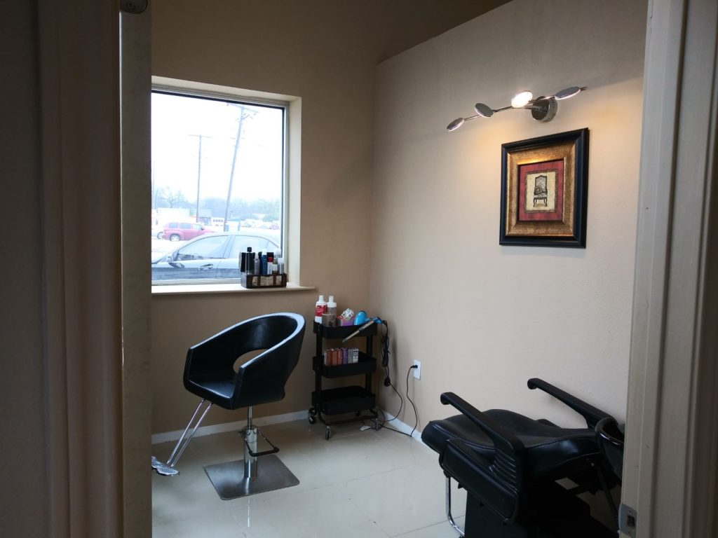 Hair Stylist Highway 78 and FM544